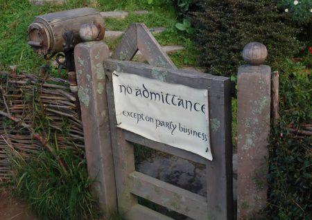 Hobbit Gate, New Zealand