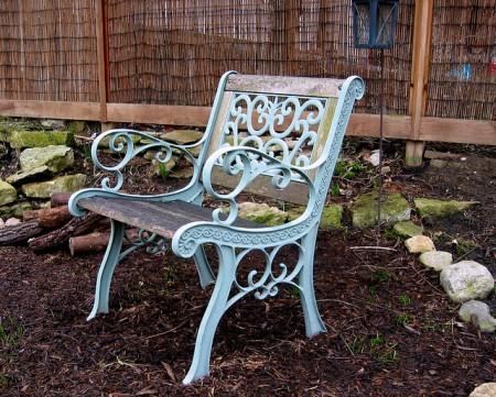 backyard-chair