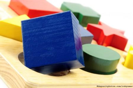 conformity-square-peg-depositphotos